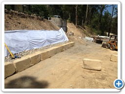 Fitted blocks for retaining wall on Gold Coast qld